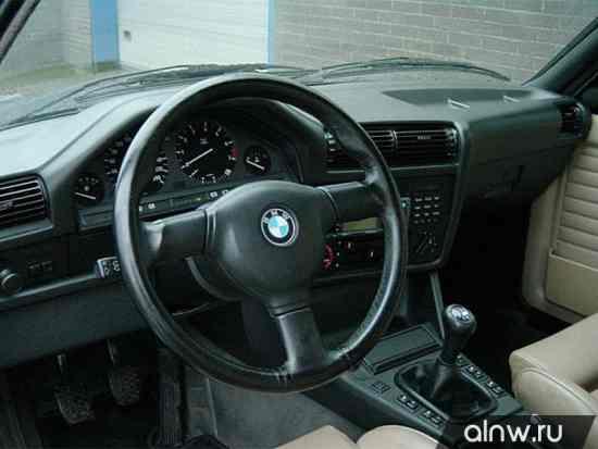 Каталог запасных частей BMW 3 series II (E30) Седан