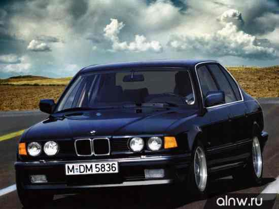 BMW 7 series II (E32) Седан