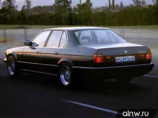 Каталог запасных частей BMW 7 series II (E32) Седан