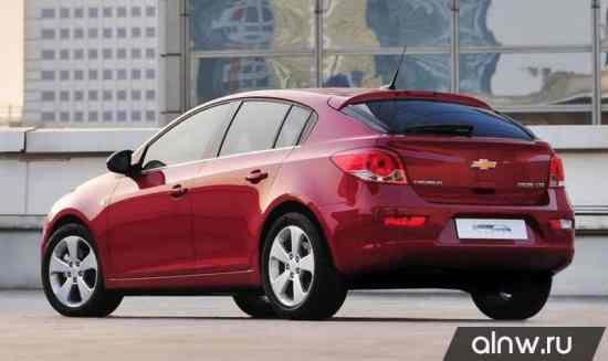 Каталог запасных частей Chevrolet Cruze I Рестайлинг Хэтчбек 5 дв.