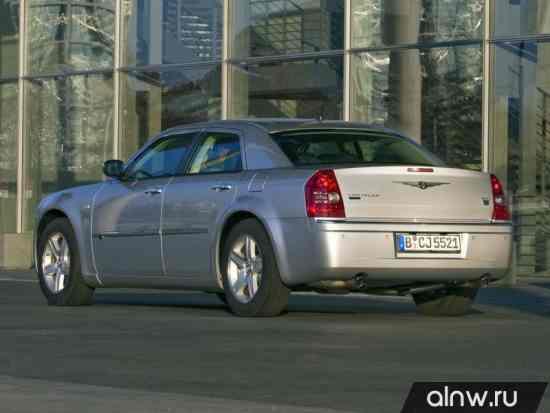 Каталог запасных частей Chrysler 300C I Седан