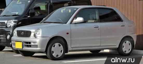 Daihatsu Opti  Седан