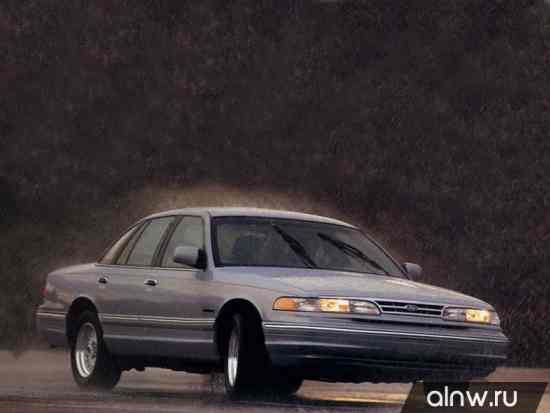 Ford Crown Victoria I Седан