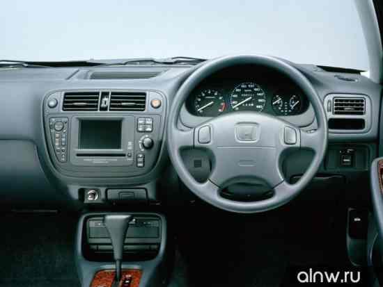 Каталог запасных частей Honda Domani II Седан