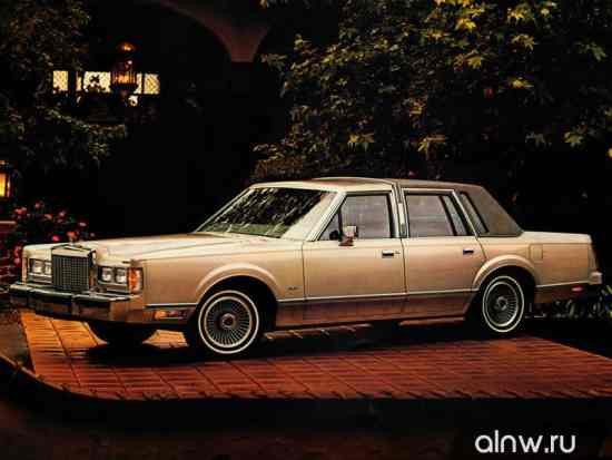 Lincoln Town Car I Седан