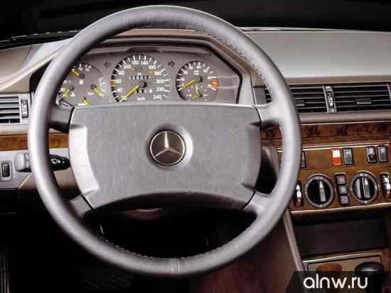 Программа диагностики Mercedes-Benz W124  Седан