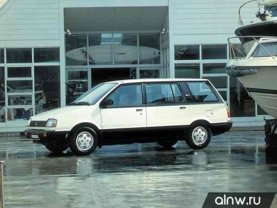 Каталог запасных частей Mitsubishi Space Wagon I Компактвэн
