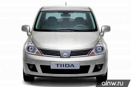 Nissan Tiida I Седан