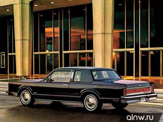 Lincoln Town Car I Купе